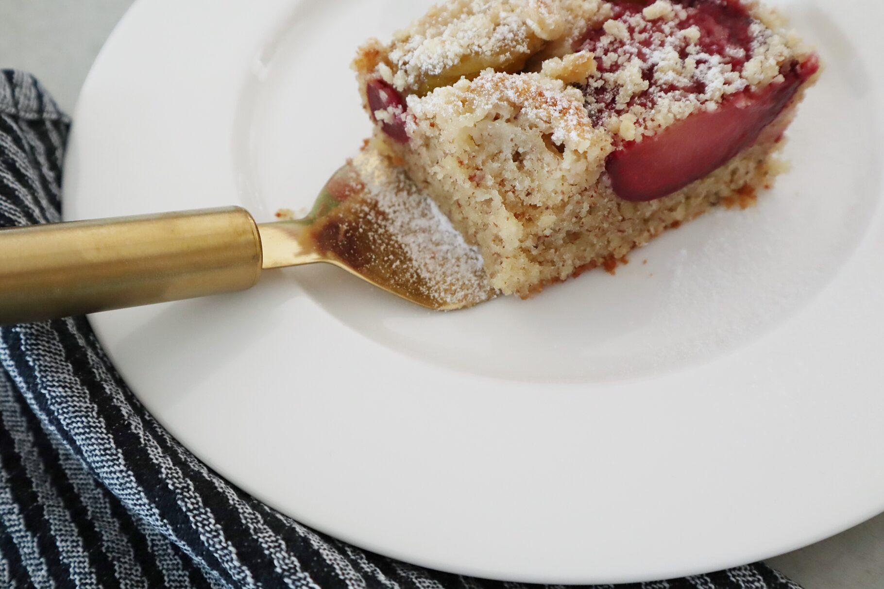 Recipe: Pflaumenblechkuchen mit Zimtstreusel